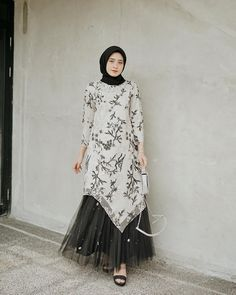 Kondangan time~ I got this attire and skirt by highly recomended🖤 Hijab Gown, Kebaya Hijab, Hijab Dress Party, Hijab Style Dress, Kebaya Dress, Dress Pesta, Dress Brukat, Batik Dress, Kaftan Batik