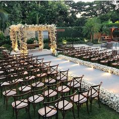 42 wedding decoration ideas to try 10 outdoor wedding ideas perfect for spring Wedding Vendors, Wedding Events, Wedding Themes, Perfect Wedding, Dream Wedding, Magical Wedding, Ghana Wedding, Outdoor Wedding Decorations, Outdoor Wedding Venues