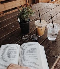 i should have a board just for books and coffee. such a great combo - Bücher Aesthetic Coffee, Book Aesthetic, Aesthetic Pictures, Spring Aesthetic, Aesthetic Girl, Coffee And Books, Foto Art, Jolie Photo, Study Motivation