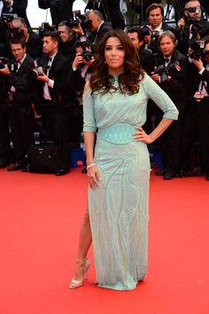 Cannes : Eva Longoria en Atelier Versace.
