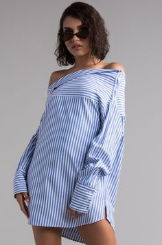 c22d11215017 AKIRA Long Sleeve Off Shoulder Adaptable Striped Blouse in Blue