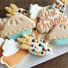 Whitney Bailey on My Thanksgiving specials will be posted TONIGHT at Ive got more cuteness in store! I will make a reminder post tonight Thanksgiving Cookies, Fall Cookies, Iced Cookies, Cute Cookies, Royal Icing Cookies, Cookies Et Biscuits, Holiday Cookies, Fall Decorated Cookies, Thanksgiving Drinks