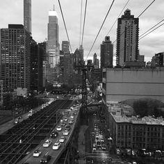Queensborough Bridge #queensborough #bridges #tramway #blackandwhite #nyc #newyork #urban #skyline #architecture #cityscape #manhattan #rooseveltisland by rogabn