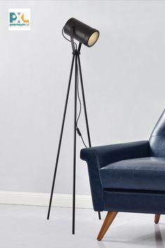 Moderná a elegantná stojaca lampa je skvelým bytovým doplnkom, pätica: 1 x E27, max. 60W, farba: čierna, rozmery: výška: max. 151 cm (výškovo nastaviteľné), výška stojanu: 122 cm, priemer tienidla Ø: 12,5 cm, hĺbka tienidla: 20 cm, dĺžka napájacieho kábla: 260 cm. Produkt značky [lux.pro] Tripod Lamp, Lighting, Design, Home Decor, Decoration Home, Room Decor, Lights, Home Interior Design