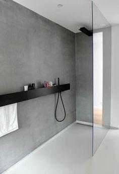 Waterdichte muur schilderen voor in de badkamer