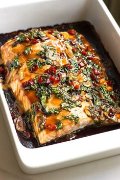 Baked Succulent Thai Salmon with Chili, Basil and Garlic, drizzled with a delcicious sauce! Get the recipe at nutritionistmeetschef.com