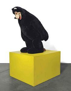 Paul McCarthy, Mascot head, foam rubber, acrylic fur and metal framework on painted wooden plinth. Contemporary Sculpture, Contemporary Art, Sculpture Art, Sculptures, Paul Mccarthy, Mc Carthy, Modern Pop Art, Installation Art, Art Installations