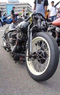 Harley Bobber Chopper More