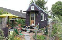 Lily-Duval's-tiny-house-tub01