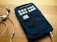 """""""Knit TARDIS iPhone Cover""""  (I really want to make one of these for myself...)"""