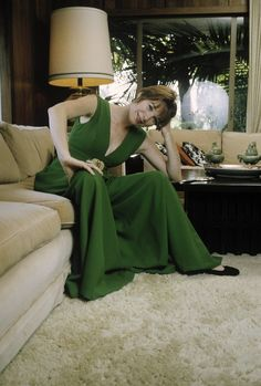 "Shirley MacLaine April 24, 1934, 3:57 PM in: Richmond Beach (VA) (United States) Sun: 3°59' Taurus AS: 0°17' Libra Moon: 6°58' Virgo MC: 0°20' Cancer Dominants: Taurus, Libra, Virgo Venus, Moon, Mars Houses 8, 12, 6 / Earth, Air / Cardinal Chinese Astrology: Wood Dog Numerology: Birthpath 9 Height: Shirley MacLaine is 5' 6½"" (1m69) tall"
