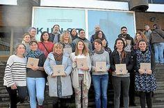 En recuerdo de Nagore y de todas. Irun acogió ayer la presentación de 'Gogoratzen nauzuenetan', una recopilación de relato cortos que en dos años se han presentado al Concurso de Asun Casasola. Xabi Sagarzazu   Noticias de Gipuzkoa, 2016-11-20 http://www.noticiasdegipuzkoa.com/2016/11/20/sociedad/en-recuerdo-de-nagore-y-de-todas