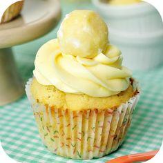 cupcake-de-baunilha-trufa-de-laranja-cupcakeando-ickfd