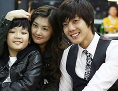 Playful Kiss Judge all you want but this Korean show is better than half of the crap that's on American T. Playful Kiss, Boys Before Flowers, Boys Over Flowers, Hani, Baek Seung Jo, Lee Minh Ho, Kim Joong Hyun, Primer Video, Korean Shows