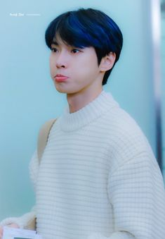 Love his cute pouts and when he puffs out his cheeks Nct 127, Kim Dong Young, Nct Winwin, Nct Doyoung, Sm Rookies, Mark Nct, Taeyong, Boyfriend Material, Jaehyun