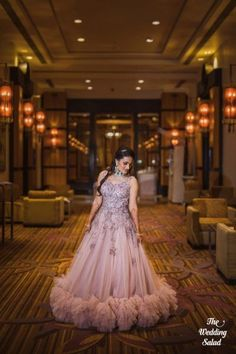 A Grand Mumbai Wedding With A Bride In Stunning Outfits Indian Wedding Gowns, Indian Gowns Dresses, Indian Bridal Outfits, Indian Fashion Dresses, Bridal Gowns, Wedding Dresses, Mehendi Outfits, Bridal Sarees, Cocktail Outfit