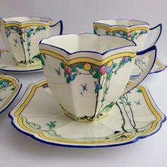 Superb Shelley demi-tasse Tea Cup & Saucer 1 of Anne Balloon Tree 11624 Teapots And Cups, Teacups, Shabby Vintage, Tea Party Setting, Tea Culture, Vases, China Tea Cups, Tea Service, Coffee Set
