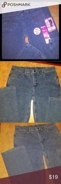 7ed5ec58 LEE RIDERS Classic Straight Leg Jeans NWT *Stretch Lee Riders Classic Fit  Jeans Straight leg