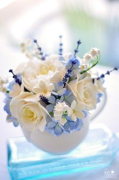 Flowers Spring Arrangements Ana Rosa 58 Ideas For 2019 Clay Flowers, My Flower, Fresh Flowers, Beautiful Flowers, Silk Flowers, Teacup Flowers, Deco Floral, Arte Floral, Floral Design