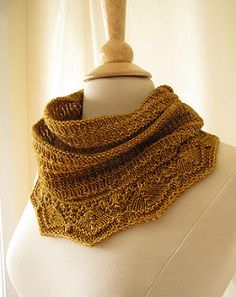 Biscuit is an infinity cowl that's worked in the round on a long circular needle. It requires no seaming or grafting.