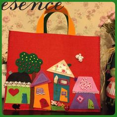 Esence: Keçe Çantalar keçe çanta, keçe, çanta, felt, feltro, felt bag, felt house Felt Crafts, Diy And Crafts, Sewing Projects, Projects To Try, Felt Pictures, Hand Embroidery Art, Kindergarten Crafts, Felt Baby, Handmade Christmas Decorations