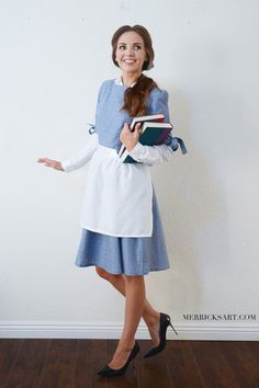 This post contains the best modest halloween costumes for women. The costume ide. This post contains the best modest halloween costumes for women. The costume ideas include DIY, Disney, dresses, and fun and creative ones too. Costume Halloween Maison, Classy Halloween Costumes, Hallowen Costume, Halloween Ideas, Halloween Party, Halloween Costumes For Teachers Easy, Halloween Costumes For Brunettes, Easy Adult Halloween Costumes For Women, Beauty And The Beast Halloween Costume