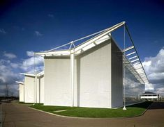 StockleyPark Offices, Uxbrifge, UK - Norman Foster