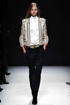 Balmain Fall 2012 Ready-to-Wear Fashion Show - Anna Selezneva (SILENT)