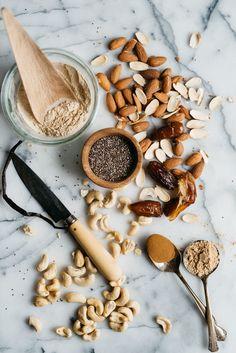 Almond-Cashew & Chia Balance Balls | dolly and oatmeal