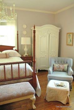 Nashville Decorator Reveals 3 Tricks to Making Your Bedroom Appear Larger - The Decorologist