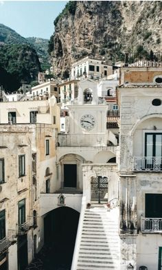 Atrani, near Amalfi - the smallest village in Italy, and certainly one of the most charming! @sommerswim