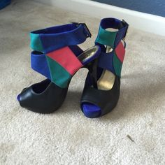 Classic H&M Heels Astrometric design sandals peep toe and open on back . Royal blue, black , ocean green and touch of red. Leather H&M Shoes Sandals