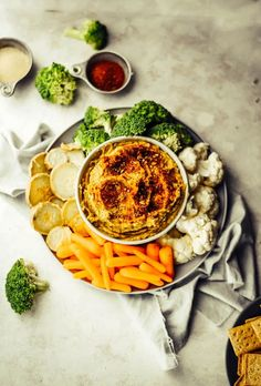 Roasted Pablano Hummus (Vegan+GF) Fast Healthy Meals, Easy Healthy Recipes, Whole Food Recipes, Healthy Snacks, Vegan Breakfast Recipes, Delicious Vegan Recipes, Vegetarian Recipes, Basic Hummus Recipe, Recipe Creator