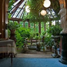 the conservatory of the mark twain house of hartford.I would like an atrium/working green house in our homw Patio Interior, Interior And Exterior, Interior Design, Charming House, Romantic Homes, Romantic Cottage, Conservatory, My Dream Home, Future House
