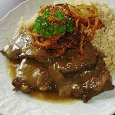 Viedenská roštenka je jedno z mojich najobľúbenejších jedál, ak nie… No Salt Recipes, Beef Recipes, Chicken Recipes, Cooking Recipes, Y Recipe, Modern Food, Good Food, Yummy Food, Czech Recipes