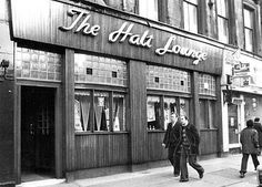 The Halt Bar, Woodlands Road, Glasgow. Glasgow Pubs, Glasgow Scotland, Newcastle, Restaurants, Hotels, Bar, City, 1970s, Centre