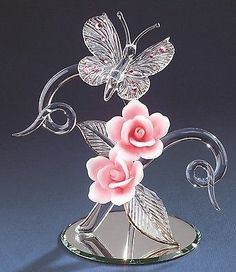 Glass Baron ~ Crystal Butterfly with Pink Roses ~ tall ~ NIB ~ Last One Swarovski Crystal Figurines, Swarovski Crystals, Glass Baron, Blown Glass Art, Glass Figurines, Glass Animals, Glass Collection, Oeuvre D'art, Pink Roses