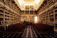 Bibblioteca dell'Università di Cagliari - Sala settecentesca