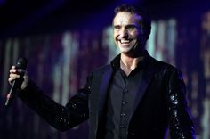 Wet Wet Wet lead, Marti Pellow, is coming to the Rhyl Pavilion and will be the narrator of the Willy Russell hit musical, #BloodBrothers.
