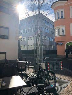 #sunshine is a Friend of mine  Gastgarten ist offen und herrlich #joulskaffee Sunshine, Friends, Photos, Pictures, Amigos, Boyfriends
