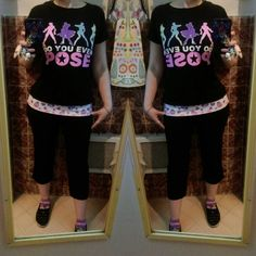 Today's super comfy work outfit: Do You Even Pose Jojo's tee over neon skull capri yoga pants, Sanrio Kuromi sox. #ootd #fafafafafashionbeepbeep #everydayfashion #comfyclothes #yogapants #jjba...