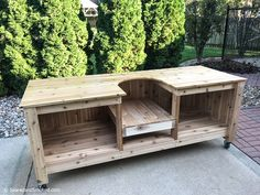 Build your own Big Green Egg Table for a Large or XL Big Green Egg. green houses DIY Big Green Egg Table - Part 1