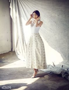 allure korea June 2015 - gorgeous skirt (white)