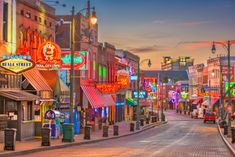 15 Most Beautiful Places to Visit in Tennessee - Page 14 of 15 - The Crazy Tourist Memphis City, Downtown Memphis, Memphis Tennessee, Nashville, Best Places To Live, Beautiful Places To Visit, Victorian Village, Old Mansions, Viewing Wildlife