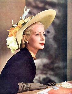 Photo by Pottier,1947