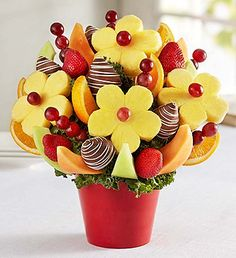 Fresh fruit delivery is fun with delicious fruit arrangements from Fruit Bouquets, fruit baskets to chocolate strawberries & more! Edible Fruit Arrangements, Edible Bouquets, Fruit Cake Watermelon, Fruit Cakes, Chocolate Dipped Fruit, Chocolate Art, Chocolate Covered, Fresh Fruit Delivery, Fruit Creations