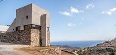 Ένα εντυπωσιακό έργο που ερμηνεύει με σύγχρονο τρόπο την τηνιακή αρχιτεκτονική παράδοση