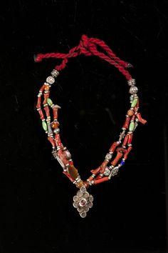 Collana in argento con corallo  e amazzonite