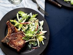 These Pork Chops with Three-Apple Slaw get outstanding flavor from a mix of sweet and tart apples. Slaw Recipes, Pork Chop Recipes, Apple Recipes, Wine Recipes, Healthy Recipes, Apple Desserts, Healthy Meals, Cooking Pork Chops, Apple Slaw