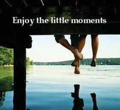 Dana~ this picture so reminded me of the picture of you and Gabe on the dock <3 Love you girl! <3